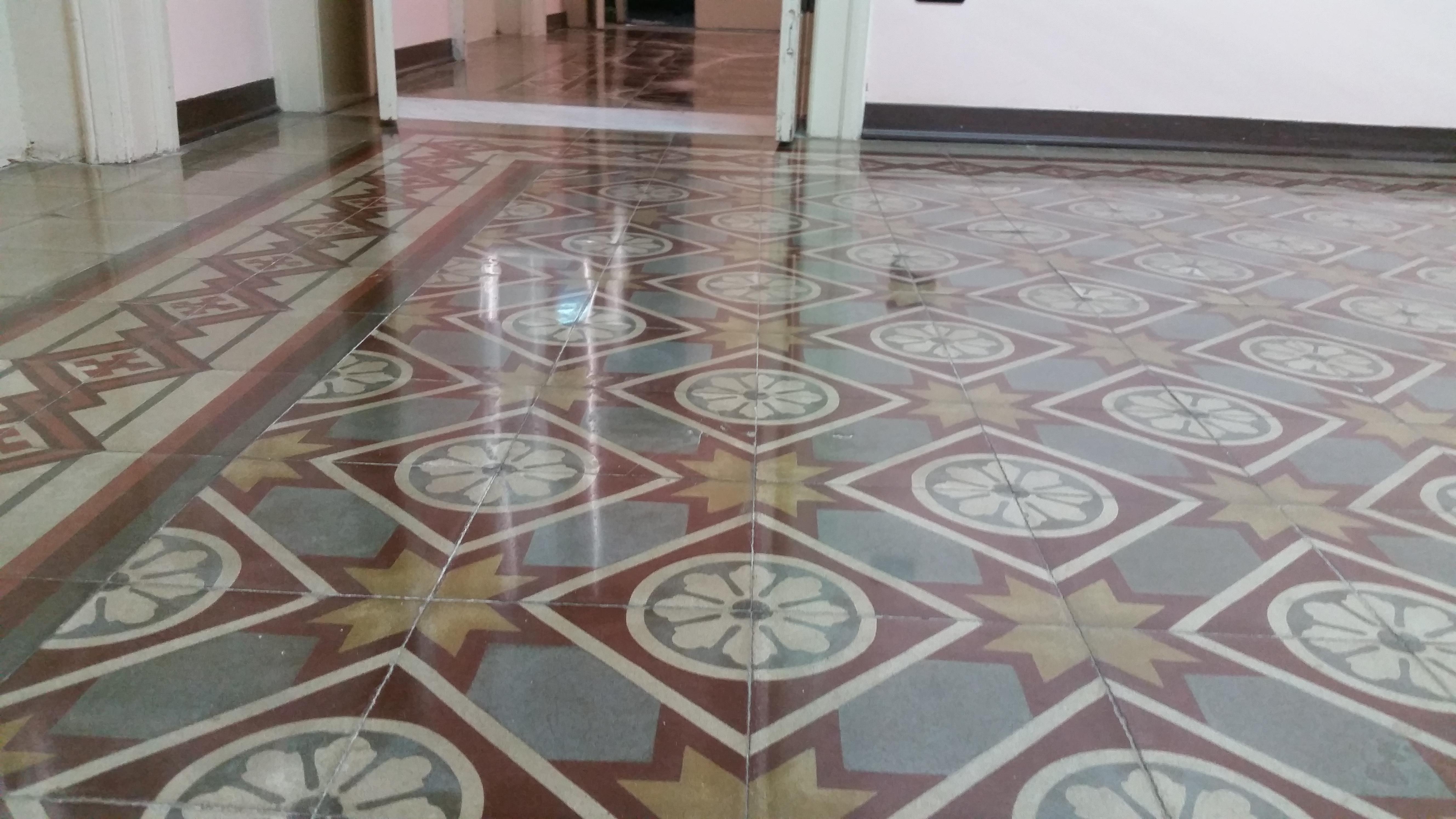 Breve accenno ai pavimenti in cementina recupero e trattamento